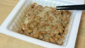 おうちコープ納豆をかき混ぜた後